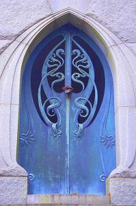 metal-wood-exterior-doors-vintage-style-antique-7