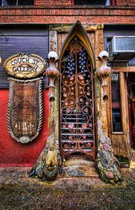 metal-wood-exterior-doors-vintage-style-antique-9