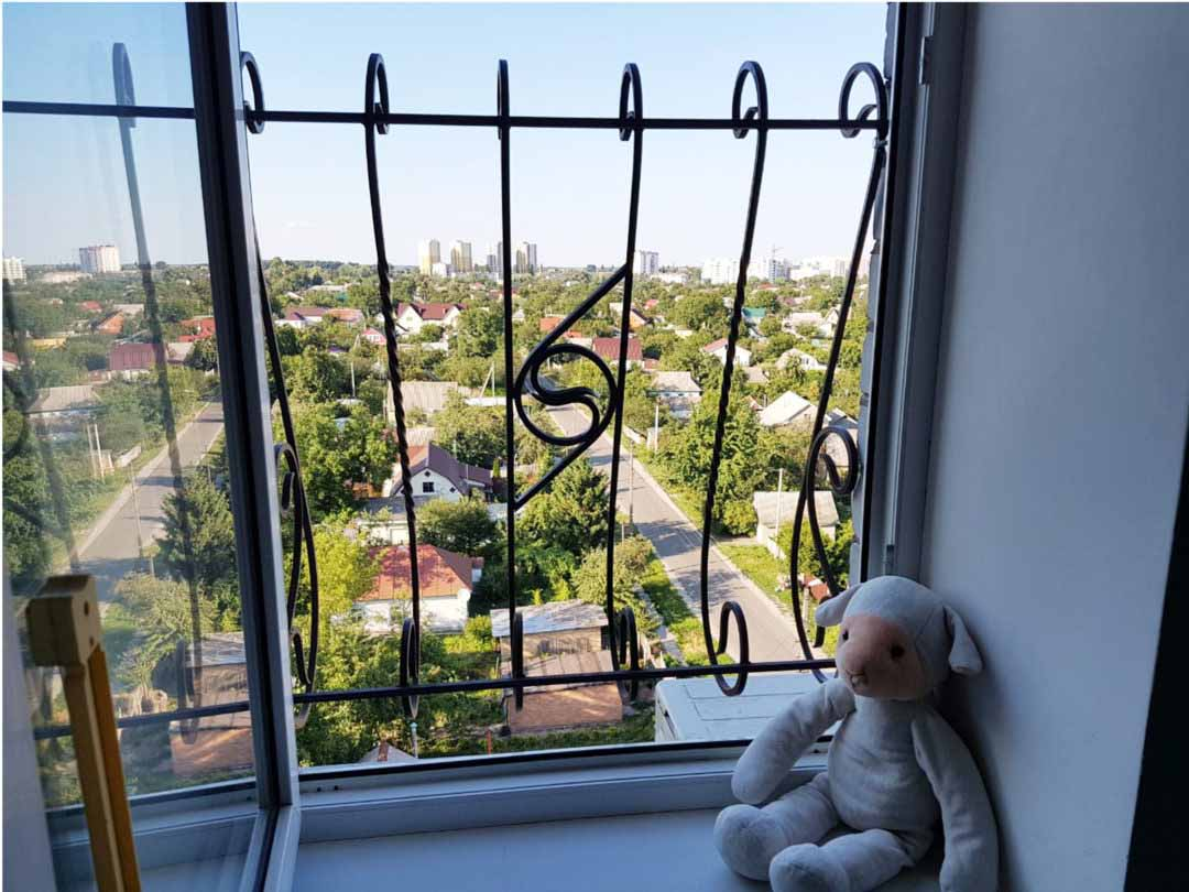 Решетка на окно от выпадения ребенка