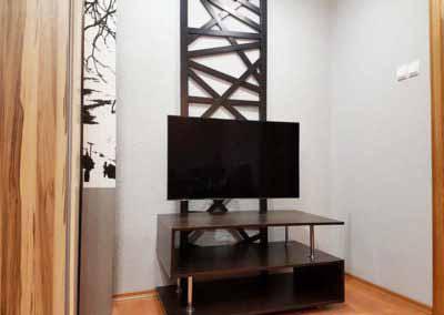 Металлический кронштейн для телевизора в стиле Loft