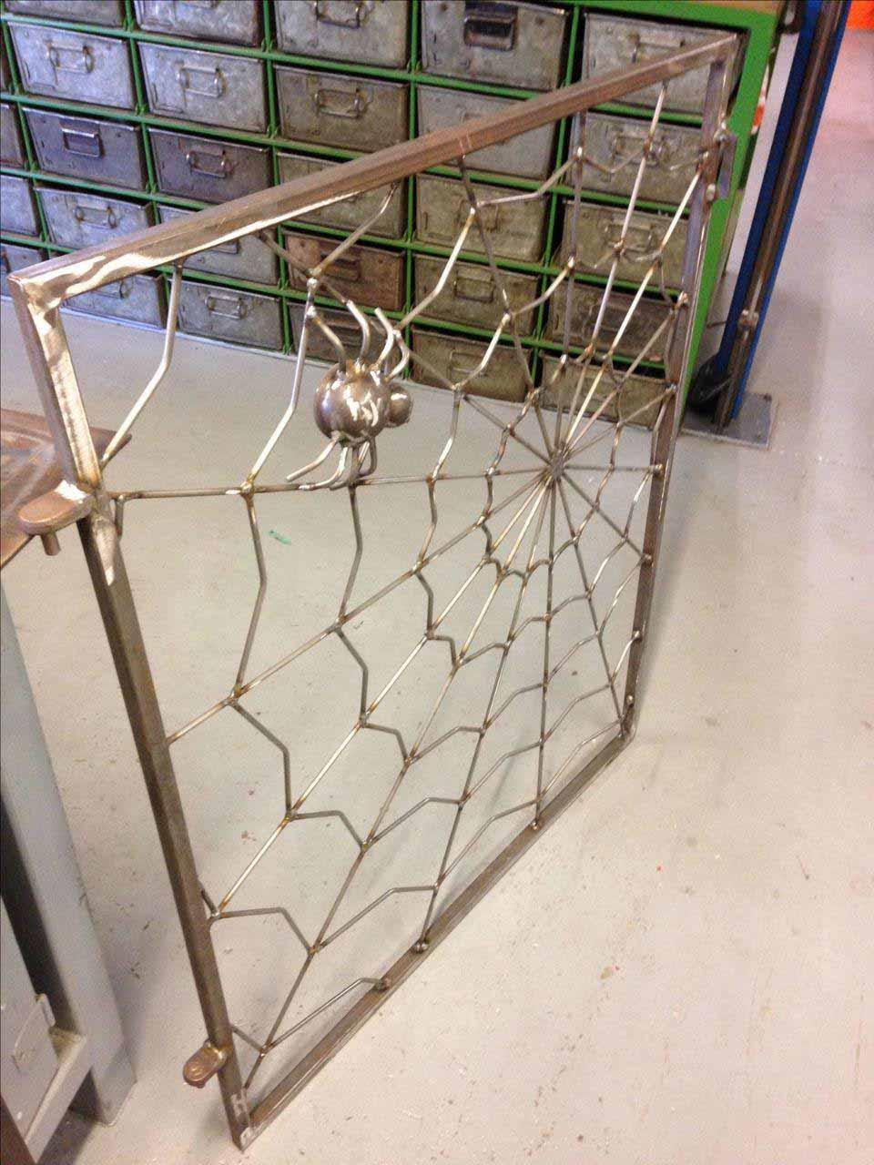 Решетка на окно паутинка от 18.04.19