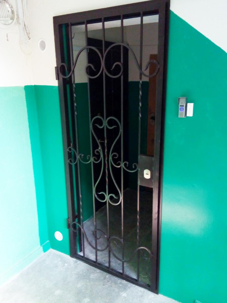 Решетчатая дверь в тамбур от 10.04.19