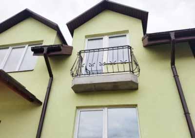 balkoni-perila-dlya-chastnogo-doma (12)