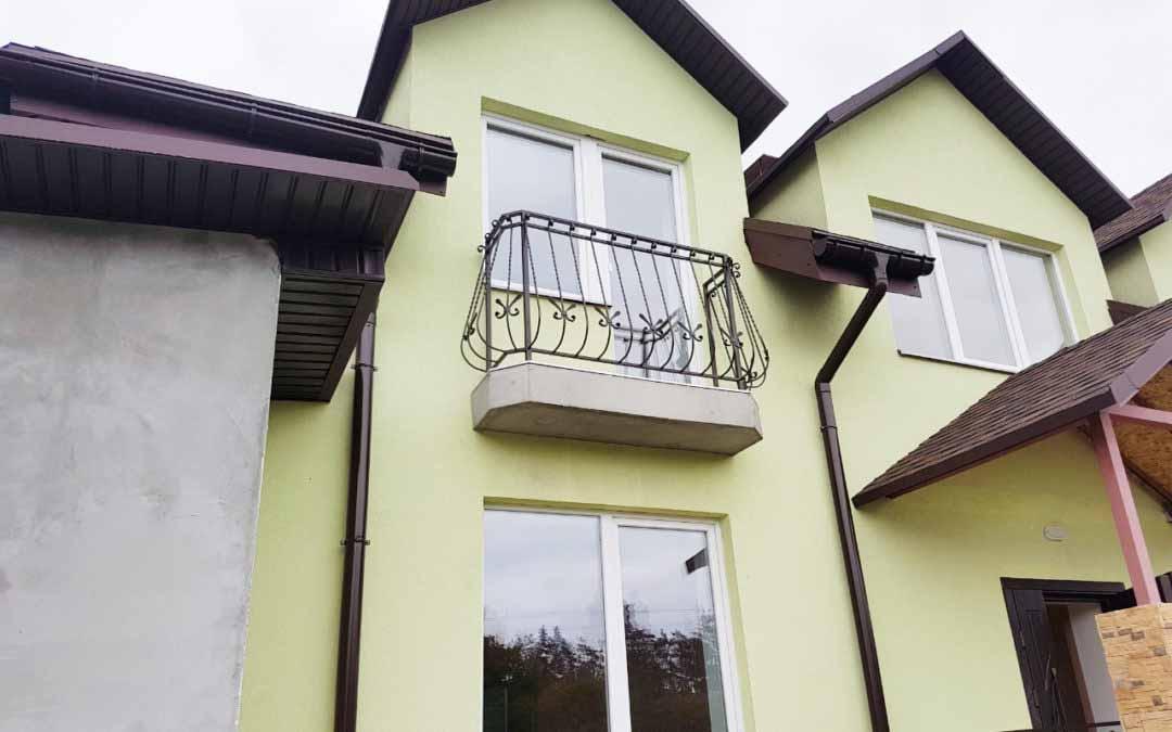 Балконы и перила для частного дома