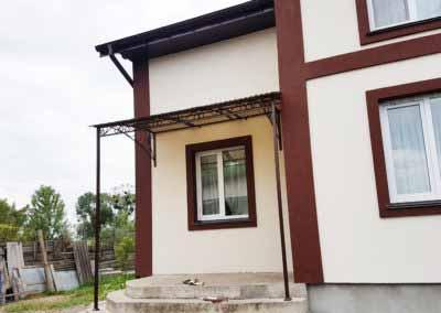 Козырек-навес над входом в загородный дом от 04.08.19-3