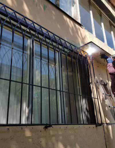 pryamaya-reshetka-na-okno-v-goticheskom-stile (3)