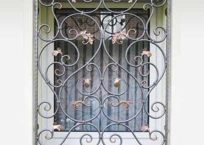 Кованая решетка на окно от 22.10.19