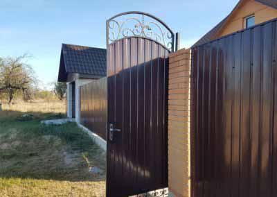 Ворота из профнастила с ковкой от 02.10.19