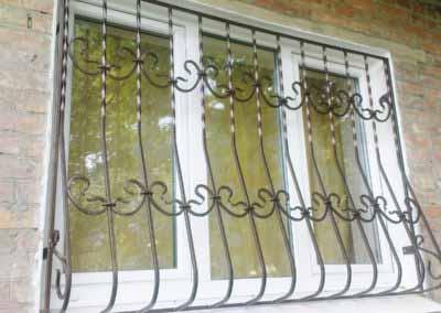 Луковичная решетка на окно от 4.11.19 (артикул 41119)