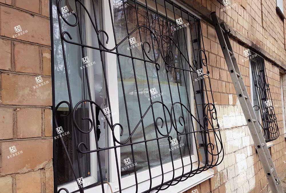 14022020 — Луковичная решетка на окно от 14.02.2020